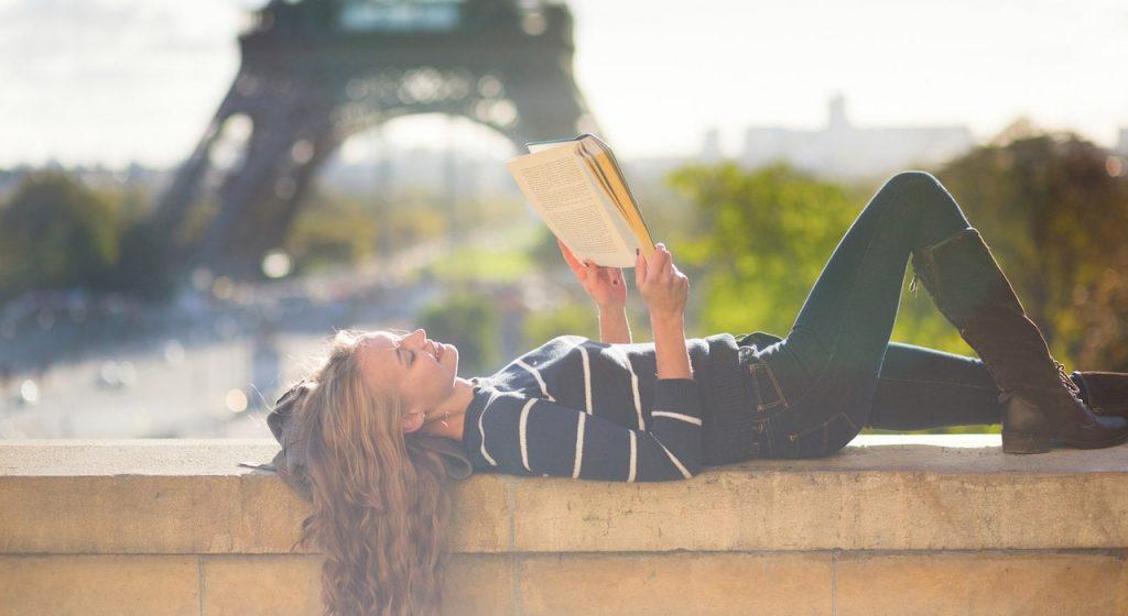 احمل معك كتابك دائمًا
