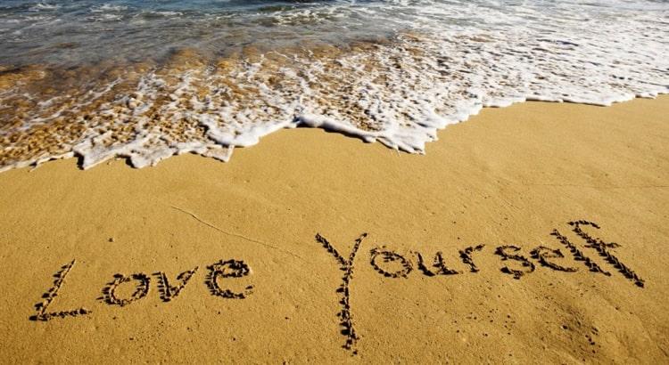 تتعلم أن تحب نفسك