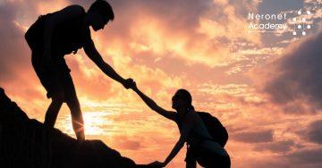 كيف تستطيع طلب المساعدة دون الشعور بالخوف من الرفض؟