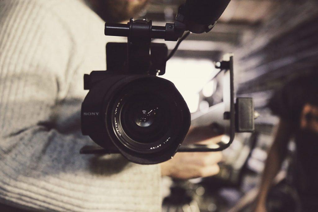 صنع أفلام بسيطة