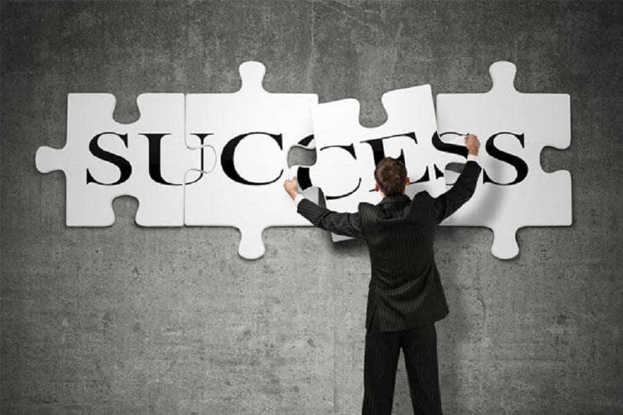 ما هي أسرع طريقة للوصول إلى القمة وتحقيق النجاح؟