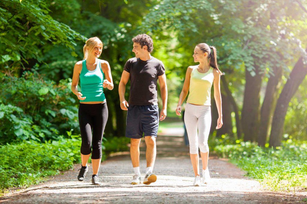 لهذه الأسباب؛ ستمارس رياضة المشي يوميًا لمدة 30 دقيقة من الآن!