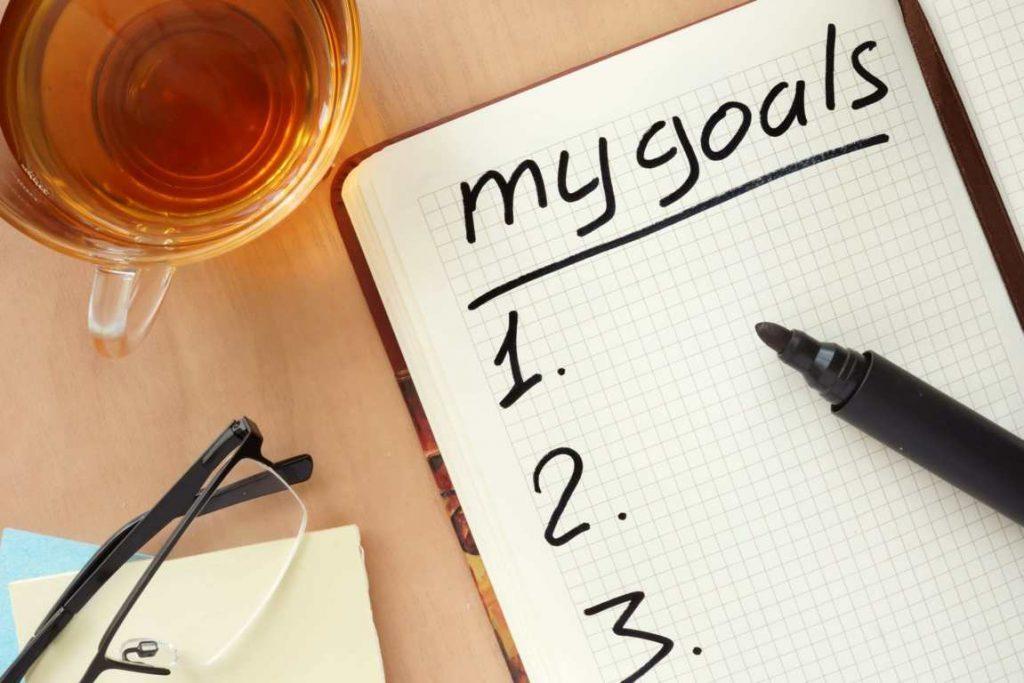 تحديد الأهداف والسعي وراء إنجازها