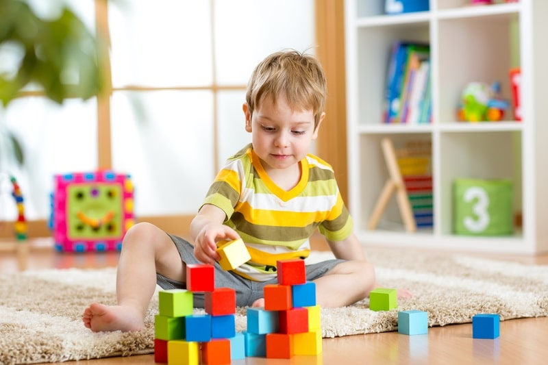 أنشطة بسيطة لتقوية ذاكرة طفلك؛ تعرفي عليها
