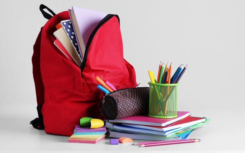 جهز كتبك المدرسية واختر ملابسك