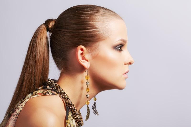 اختيار تسريحات الشعر البسيطة بالنسبة للفتيات