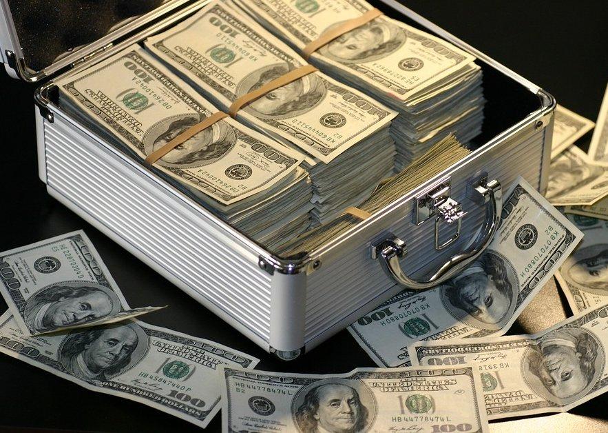 ربط الأهداف المالية ببعضها