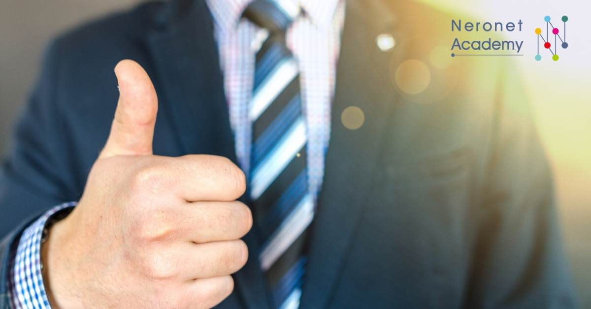 للمبتدئين: كيف تجري محادثات مهنية ومقابلات عمل فعّالة وإحترافية على شبكة الإنترنت